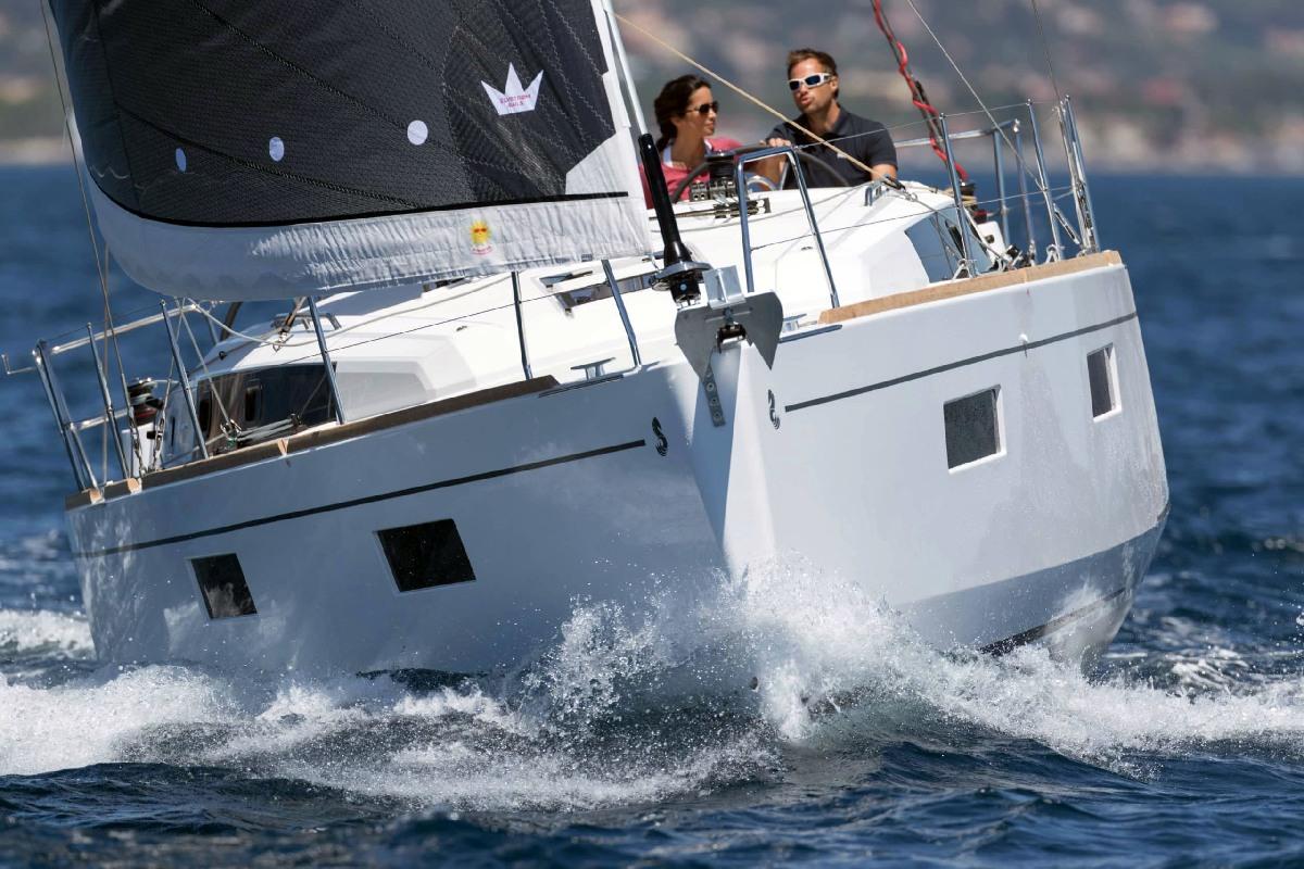 Yacht Charter investor, Oceanis 38, Oceanis 45, Lagoon 380, Lagoon 400, Lagoon 40, Lagoon 42