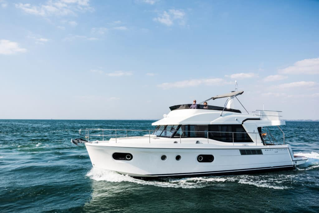 Swift Trawler 47 exterio