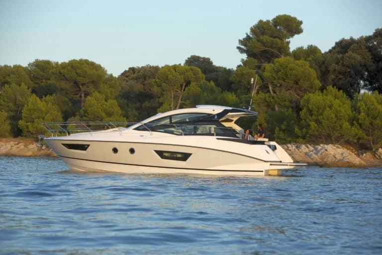Gran Turismo 40 Motorboat