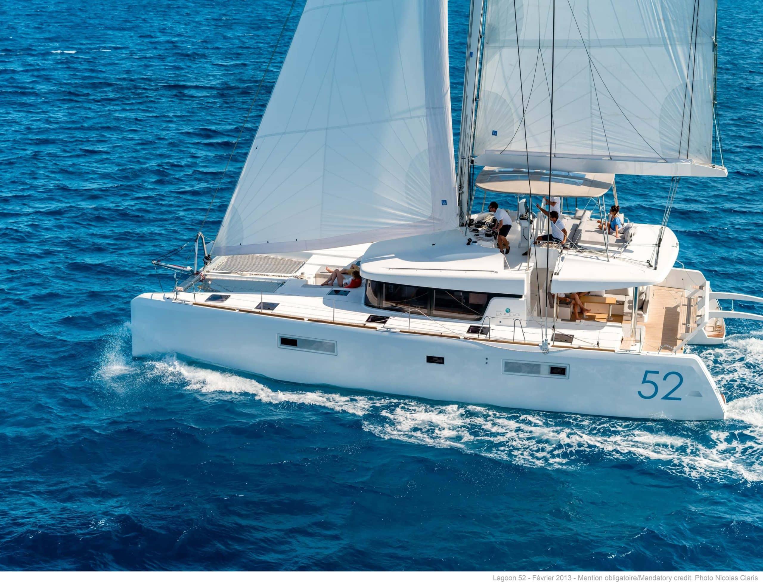 Yacht Charter investor, Lagoon 52