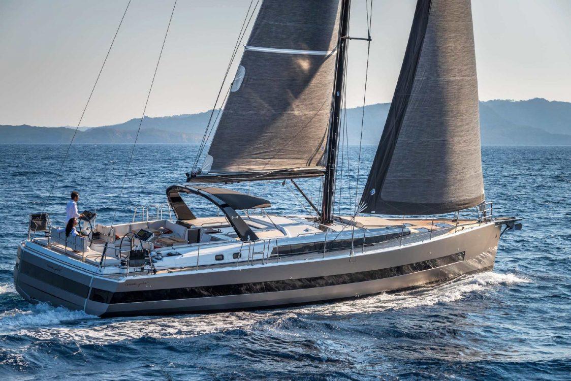 Oceanis Yacht 62 exterio